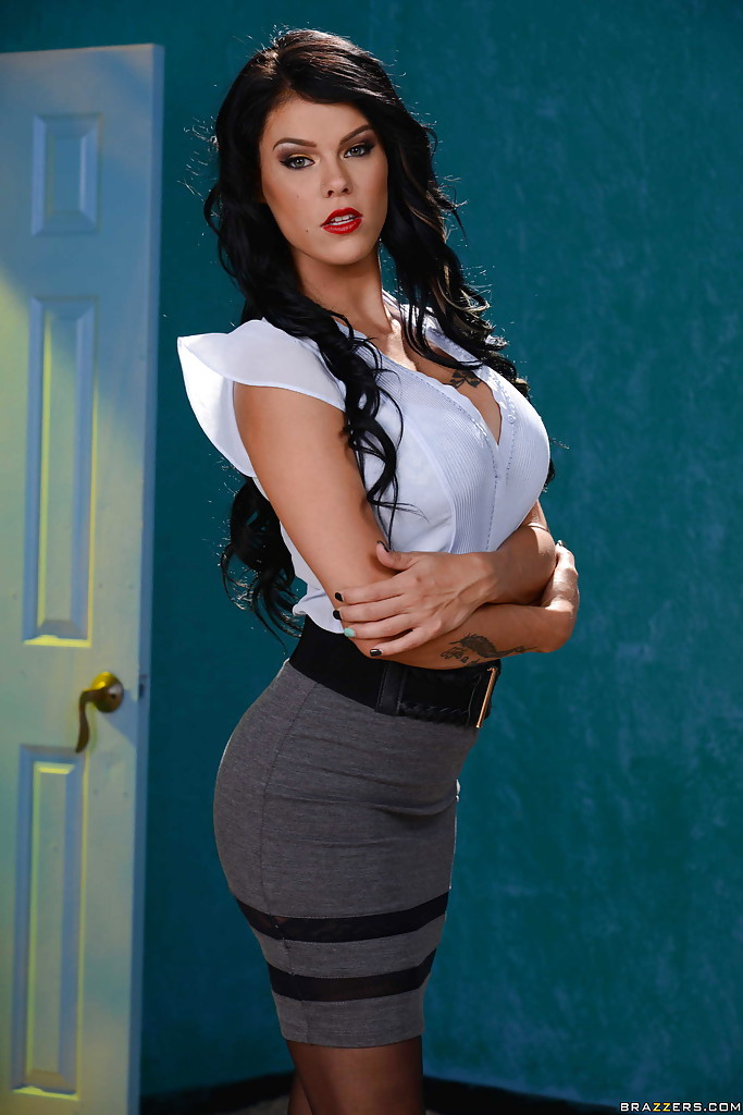 Peta jensen latex