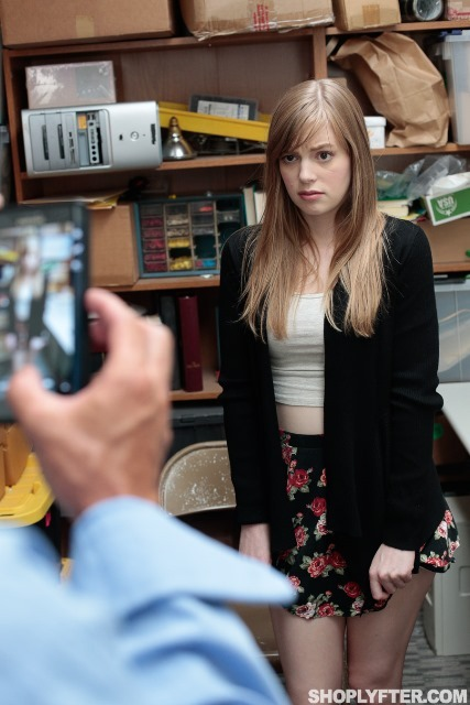 Shoplyfter dolly leigh