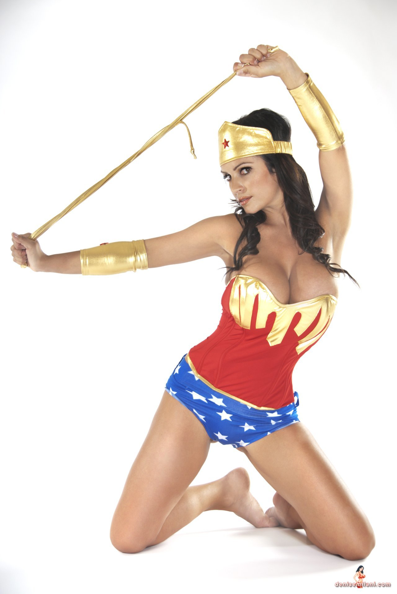 Denise Milani: la Wonder Woman definitiva