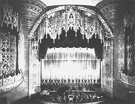 22. Abandonos con historia. El United Artists Theater.